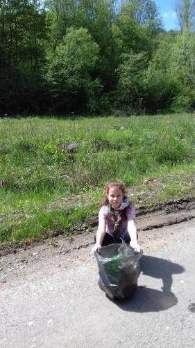 006 Laura - zbier odpadkov (Pohybov)