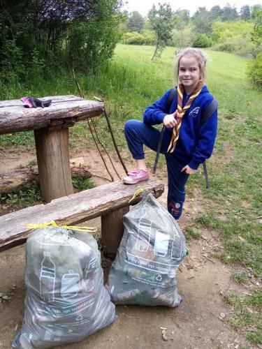 022 Eliška - zber odpadkov (Pohybov)